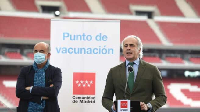 El consejero de Sanidad de la Comunidad de Madrid, Enrique Ruiz Escudero, en el Estado Wanda Metropolitano.