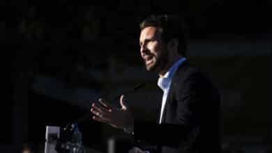 El PP sigue creciendo mientras el PSOE frena su caída, según las últimas encuestas