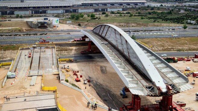Puente de Valdebebas construido por Ferrovial.