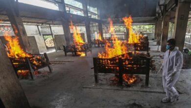 El covid azota la India a un ritmo salvaje: 245 contagios por minuto