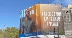 Sergio Ramos responde a Laporta y despliega una pancarta gigante en el centro de Barcelona