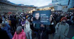 "Putin amenaza a Occidente mientras ignora a Navalni que se ve como ""cadáver andante"""