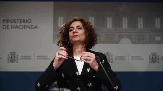 La ministra de Hacienda, María Jesús Montero, durante una rueda de prensa ante los medios en el Ministerio de Hacienda, en Madrid.