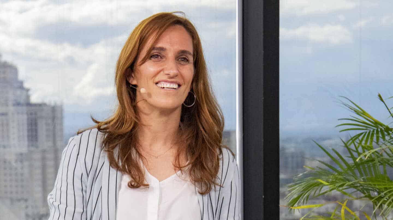 Mónica García, en la sede de campaña de Más Madrid.