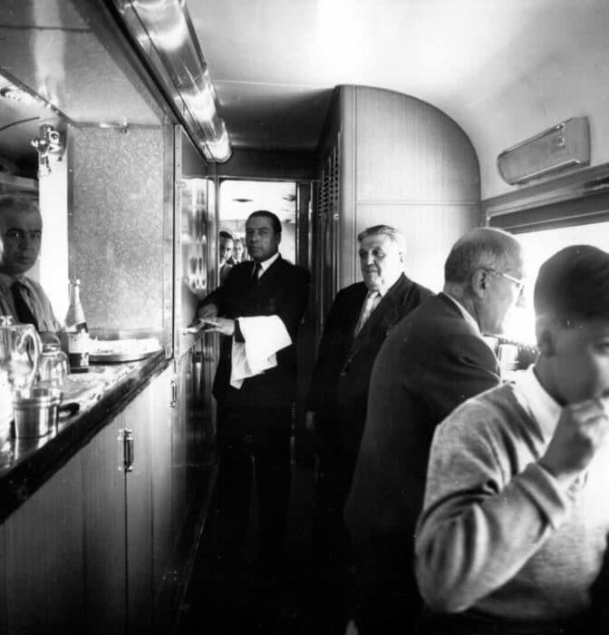 Del vapor a la alta velocidad: Renfe cumple 80 años