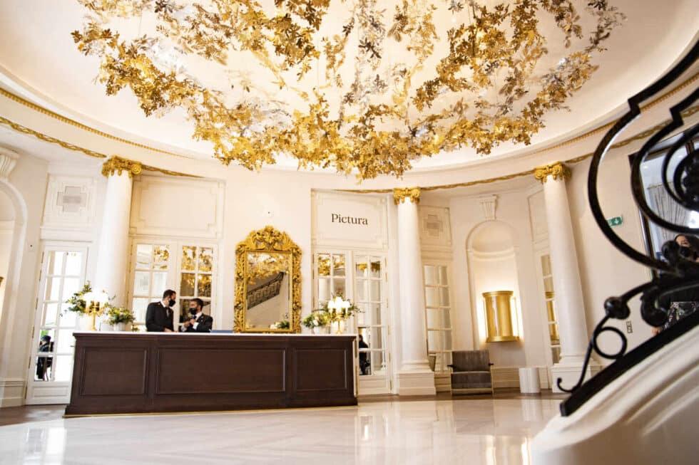 Recepción del hotel Ritz