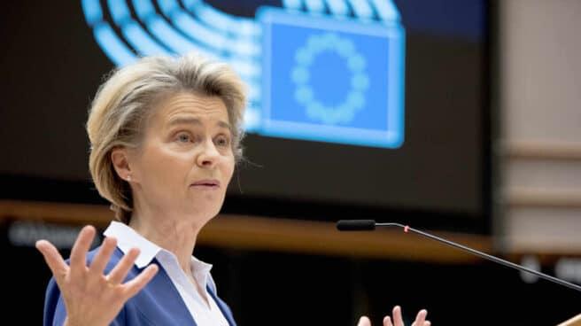 La presidenta de la Comisión Europea, Ursula von der Leyen, en una comparecencia en el Parlamento Europeo