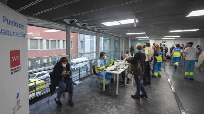 107.495 citas en una mañana: los jóvenes de Madrid se lanzan a por la vacuna