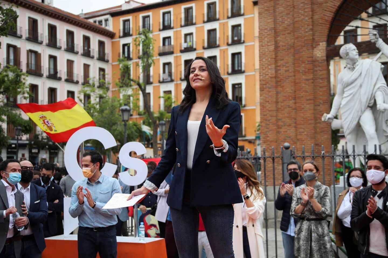 Inés Arrimadas, en un mitin de Ciudadanos en la Plaza del 2 de Mayo.