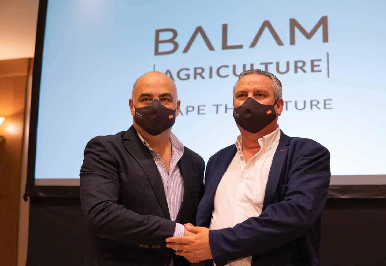 Drectivos de la nueva empresa, de izquierda a derecha: Pedro Navarro, Fran Gálvez, Máximo Cañete, Silverio Gálvez, Pablo Vega y Pedro Gálvez