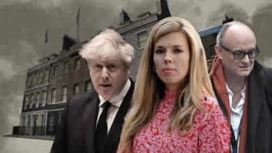 Boris Johnson, en el fuego cruzado entre Carrie, su novia y su ex asesor