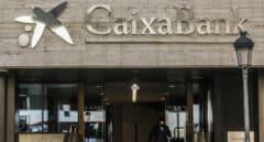 CaixaBank reincorporará en filiales del grupo a 500 afectados por el ERE