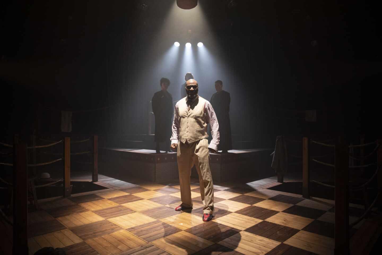 Escena de la obra de teatro 'El combate del siglo'