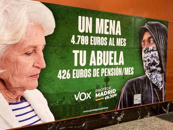 """El cartel de Vox genera """"hostilidad y rechazo social"""" hacia los menas, según la Fiscalía"""
