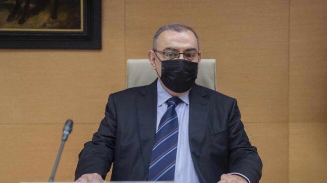 Enrique García Castaño, comisario principal ya jubilado, en el Congreso de los Diputados este jueves.