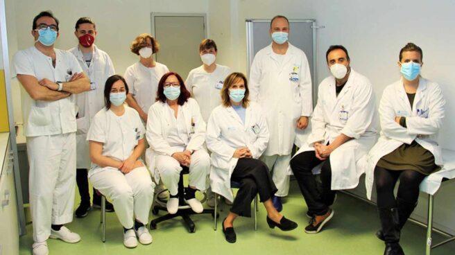Los investigadores de los hospitales Clínico e Isabel Zendal que inician el ensayo clínico con probióticos en Covid