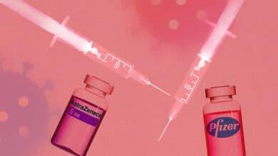 ¿Segunda dosis o mezcla de vacunas? Los efectos adversos abren el debate