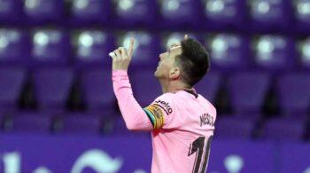 Subastan por 80.000 euros las botas del último gran récord de Messi
