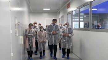 Sánchez confía en que este año España pueda tener su propia vacuna