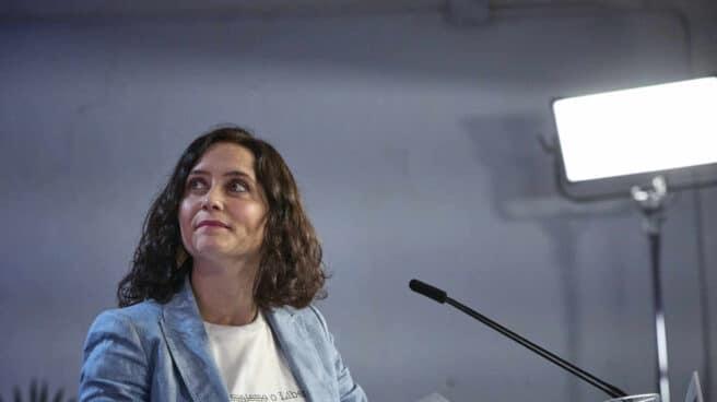 La presidenta de la Comunidad de Madrid en funciones, Isabel Díaz Ayuso, en un acto en precampaña.