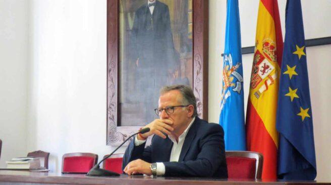 """El presidente de Melilla, Eduardo de Castro, ha pedido al presidente del Gobierno, Pedro Sánchez, un posible despliegue del Ejército en la ciudad como una medida """"preventiva y cautelar"""""""