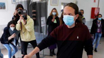 Los mariachis en la sede de Podemos: ForoCoches envía un 'Canta y no llores' a Iglesias