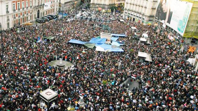 Imagen de la Puerta del Sol durante el 15M