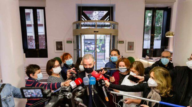 Urkullu firma el viernes un decreto de restricciones en Euskadi para seis semanas más