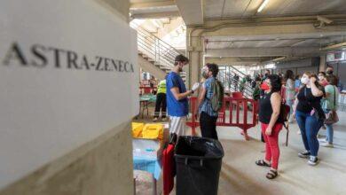 España registra 9.732 casos y 48 muertes, y la incidencia baja a 121
