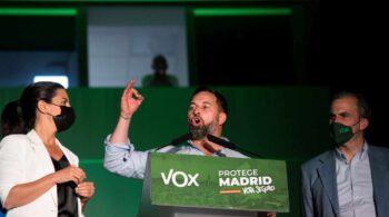 Vox resiste pero Ciudadanos no aguanta el tirón de Díaz Ayuso