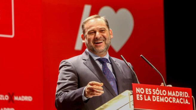 José Luis Ábalos, en un mitin del PSOE en Navalcarnero.