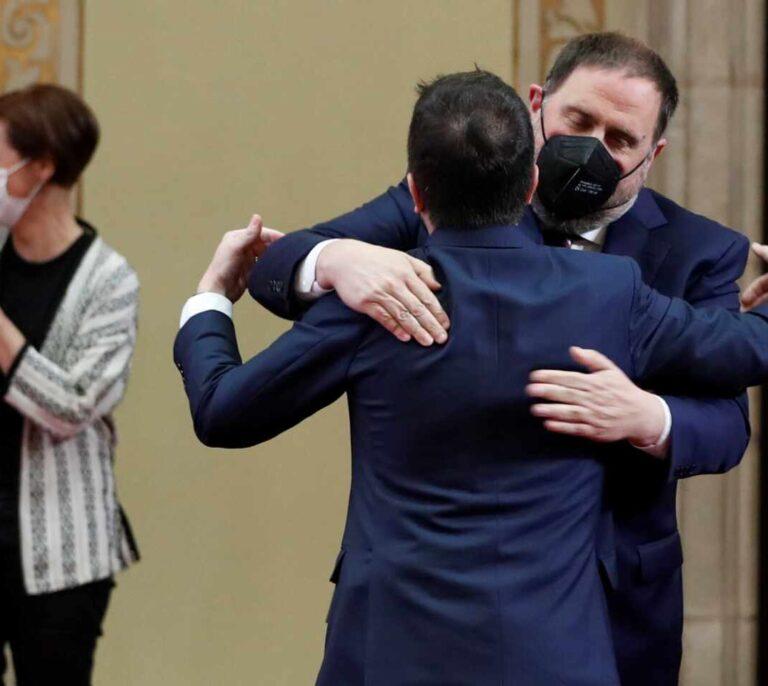 Aragonès, investido president arropado por Junqueras y Torra