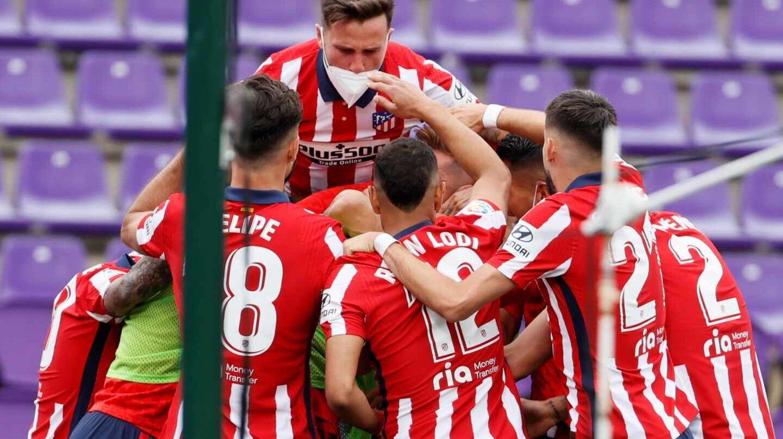 El Atlético celebra el gol decisivo de Luis Suárez en Valladolid