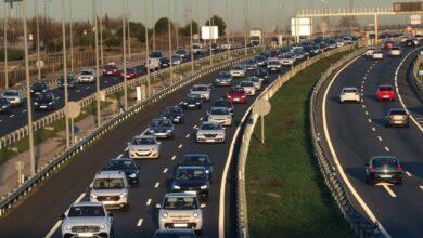 Carta inesperada de la DGT a los coches de 10 años: pueden dártelo de baja