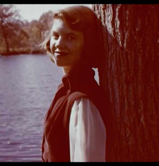 La triste historia detrás de la novela de Sylvia Plath
