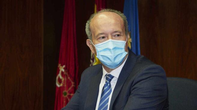 El ministro de Justicia, Juan Carlos Campo, durante una reunión con la Sala de Gobierno del Tribunal Superior de Justicia de Navarra
