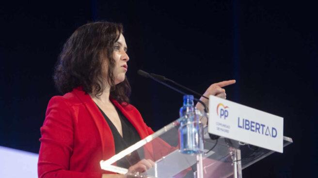 La presidenta de la Comunidad de Madrid y candidata a la reelección por el PP, Isabel Díaz Ayuso, interviene en un acto de campaña