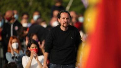 """Iglesias llama a la derecha """"enemigos arrogantes y violentos de la democracia"""""""