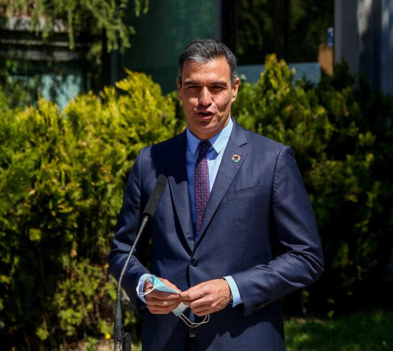 Sánchez anima a la UE a no dejar que EEUU lidere el debate sobre las vacunas