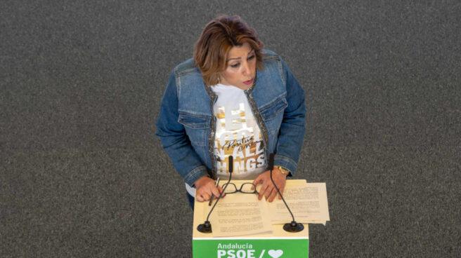 Susana Díaz durante la rueda de prensa en la que anunció su candidatura a las primarias