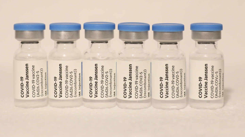 Imagen de viales de la vacuna de Moderna contra el Covid-19