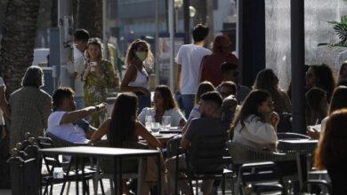 España vuelve a bajar de riesgo alto de incidencia tras casi dos meses y medio