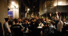 Aglomeraciones y botellones en la calle en el segundo fin de semana sin estado de alarma en Barcelona