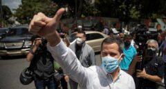 Juan Guaidó, presidente encargado de Venezuela, en un encuentro con seguidores