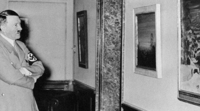 Franco fue asesinado mientras Hitler pintaba: ucronía y banalización de la Historia