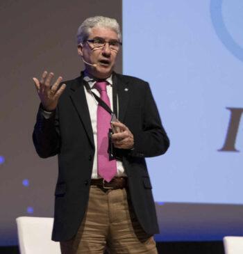 Casimiro García-Abadillo presentando el 2º Congreso Internacional de Inteligencia Artificial 2019 de Alicante