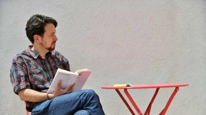 Pablo Iglesias ficha como investigador de la Universitat Oberta de Catalunya
