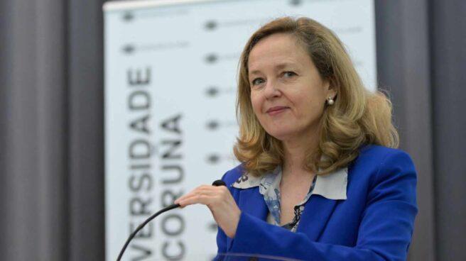 La vicepresidenta de Asuntos Económicos, Nadia Calviño, en A Coruña, Galicia.