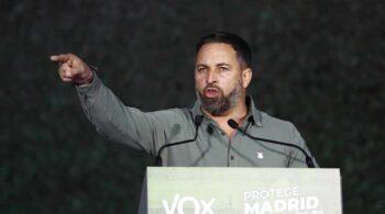 """Abascal asegura que Vox aceptaría presidir la Asamblea de Madrid y confía en la """"generosidad"""" del PP"""