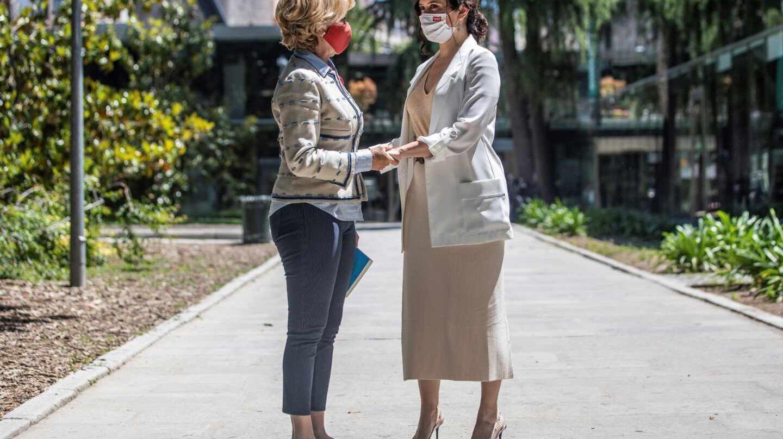 Esperanza Aguirre presenta su libro junto a Vargas Llosa y Ayuso